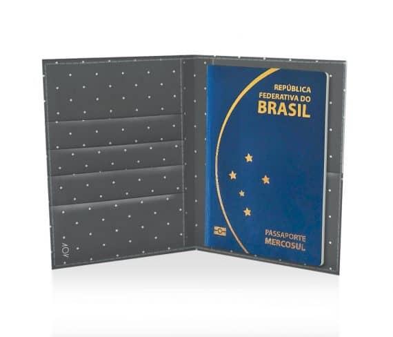 dobra passaporte cinza de bolinhas