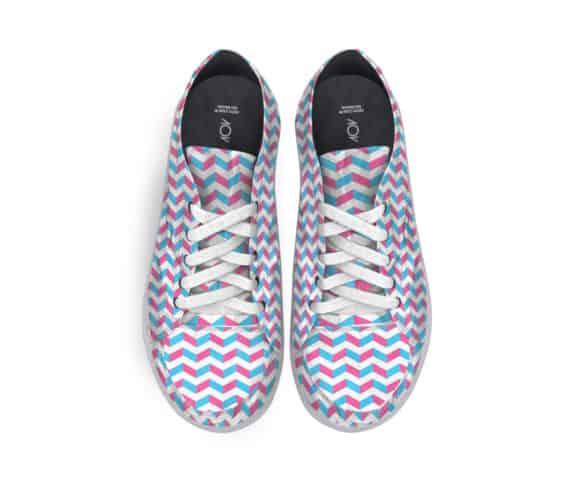 dobra tenis zig zag azul e rosa