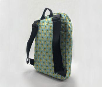 dobra mochila abacaxi