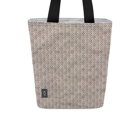 dobra bag motif chic