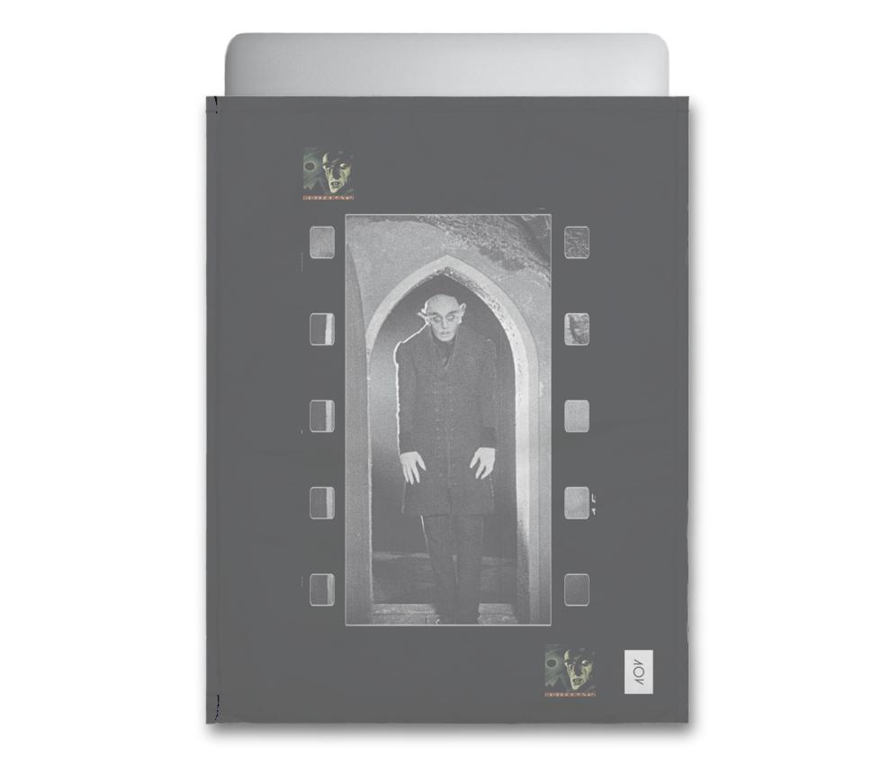 dobra - Capa Notebook - Criatura Nosferatu